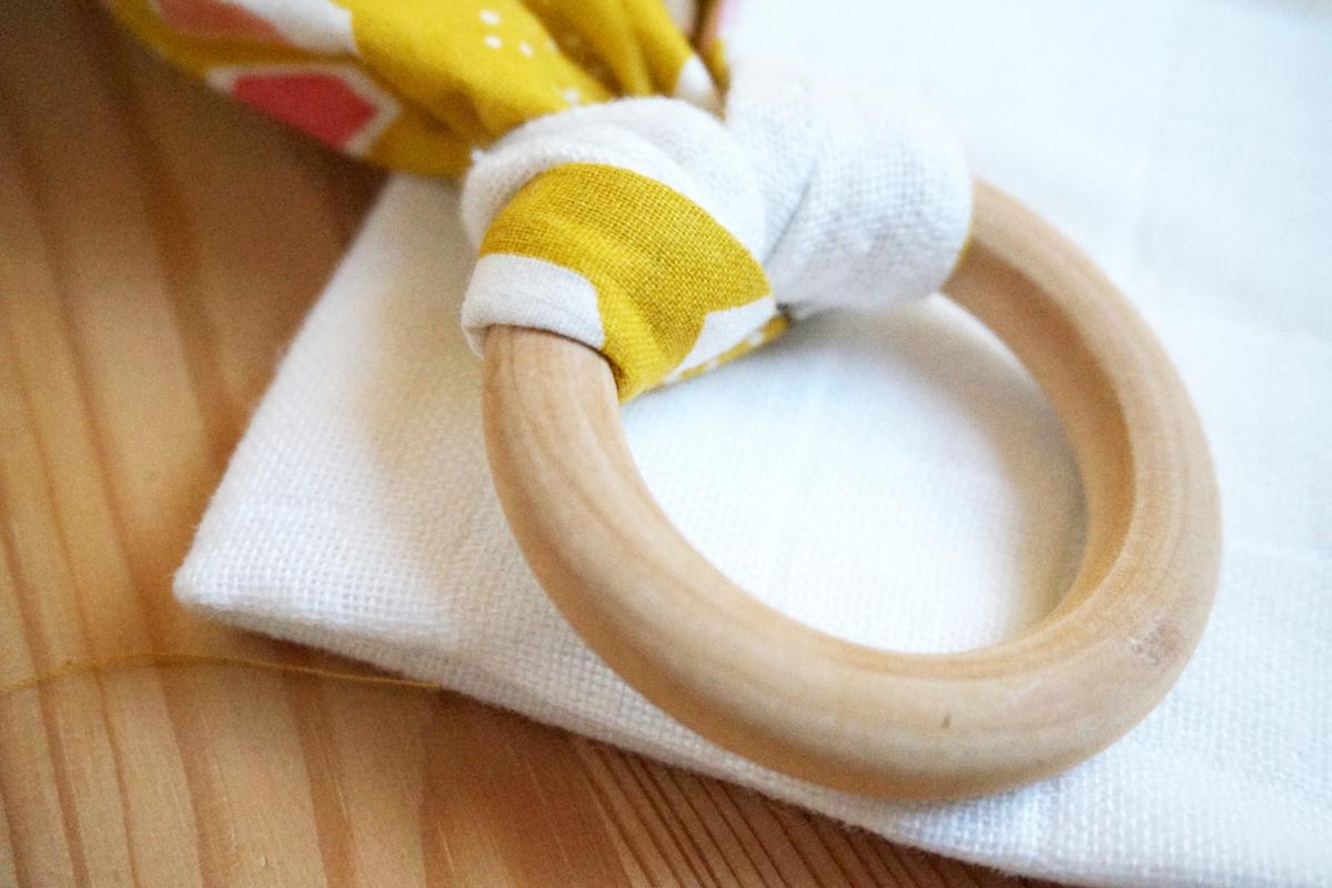 anneau-de-dentition-bois-naturel